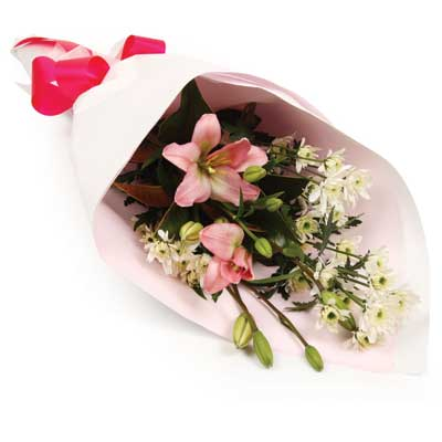Description: A delightful bouquet for that special someone.